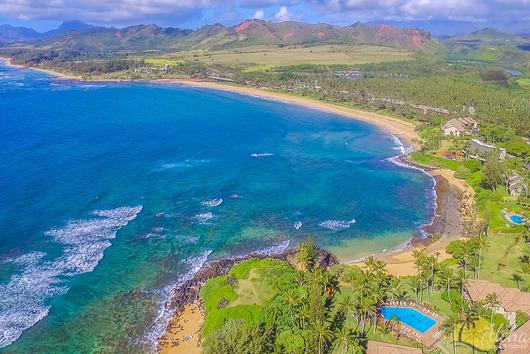 Wailua Beach - 3 min drive  sc 1 st  Aloha Condos & Islander on the Beach Condo 224 ? Studio Beachfront Condo Kauai ...