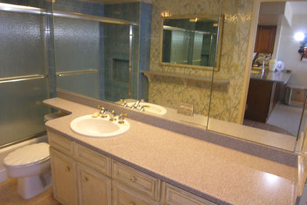 Honolulu Rentals - Bathroom - Ilikai Marina 1190