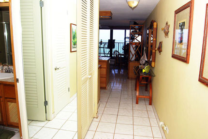 Entry Area - Kaleialoha Resort, Unit 412