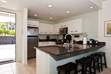 Kona Condo Rental - Kitchen - Na Hale O Keauhou, Unit M-1