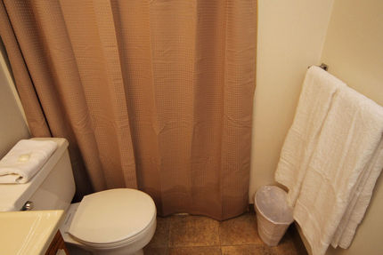 Bathroom - Ilikai Hotel And Apartments, Condo 1118