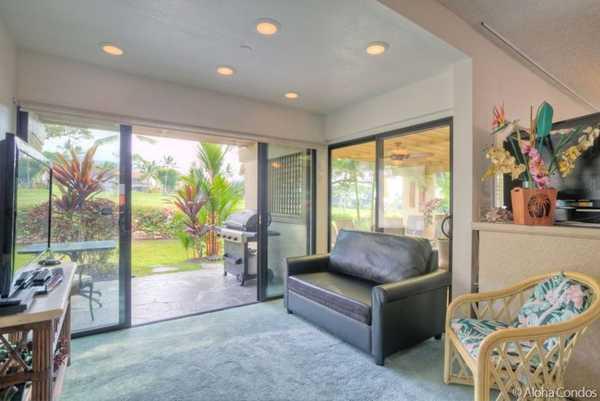 Kona Coast Resort Townhome 4-102 − 3 Bedroom Ocean View Condo ...